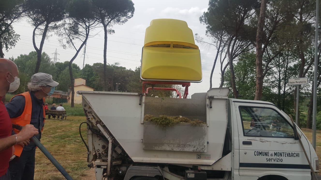 Manutenzione Giardini Milano E Provincia manutenzione del verde a montevarchi, in azione il nuovo