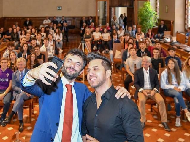 Biffoni_Brazo_selfie.jpg