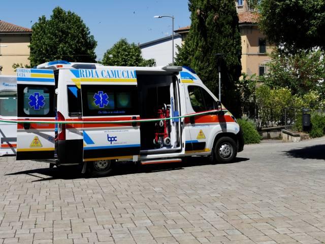 Inaugurazione ambulanza Camucia 5.jpg