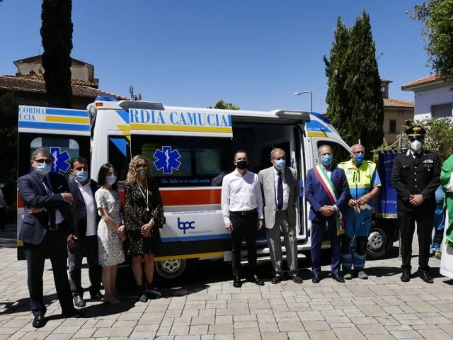 Inaugurazione ambulanza Camucia 1.jpg