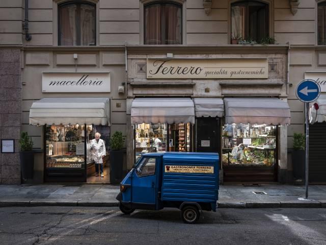 © Gabriele Galimberti_01_MAIN.jpg