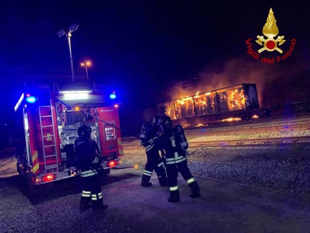 Incendio stazione Laterina3.jpg