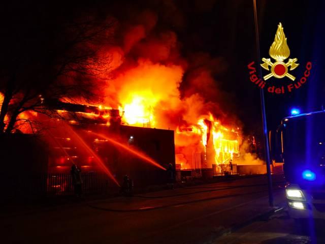 incendio Levane3.jpg