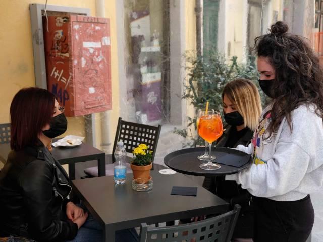 riaperture Arezzo_7.jpg