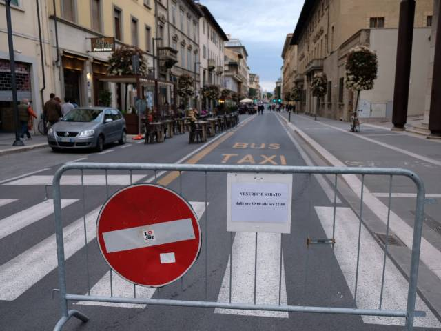 Area pedonale_Arezzo_24.jpg