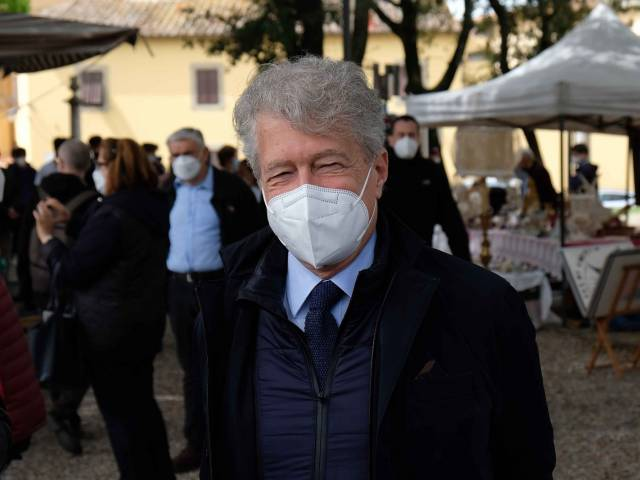 Fiera antiquaria_Prato_mag 21_13.jpg