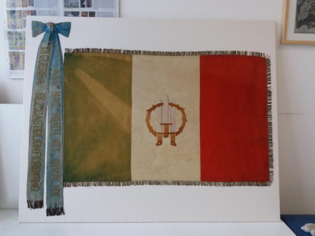 bandiera reastaurata .png