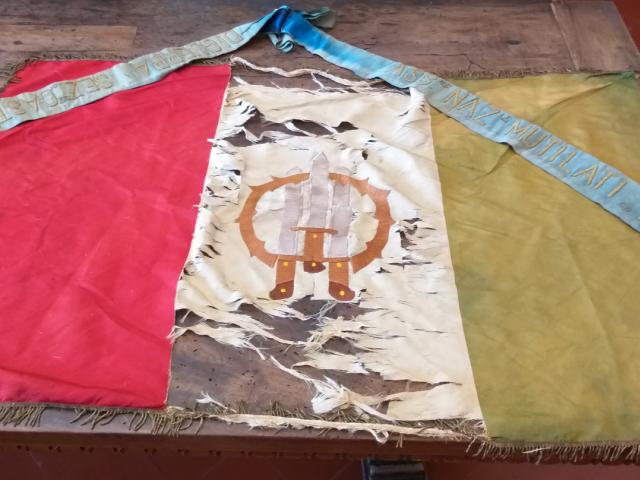 bandiera prima del reastauro .png