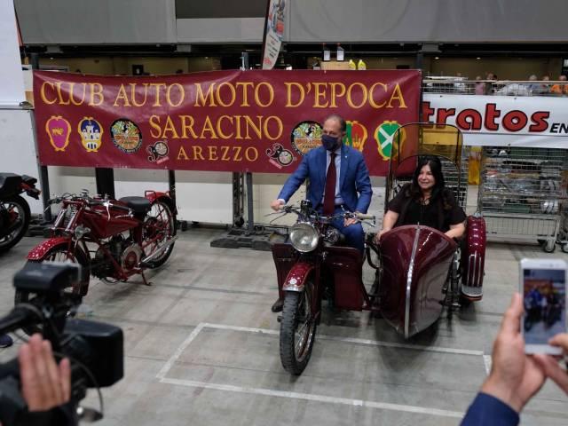 arezzo classic motors_13.jpg