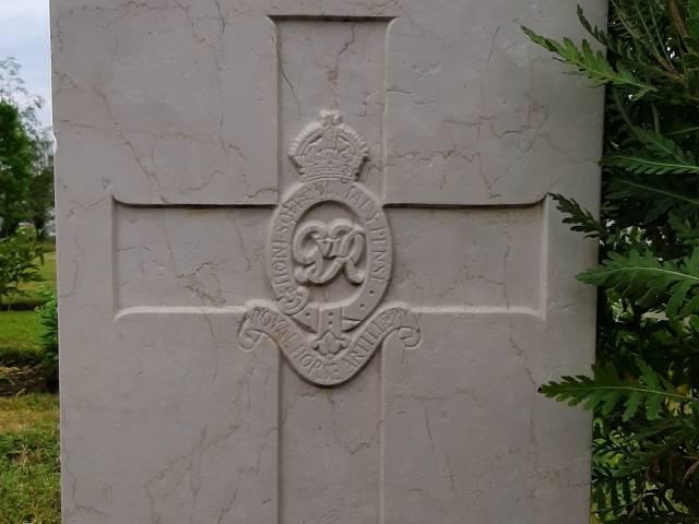 La tomba di Patrick Monaghan al Cimitero di Guerra di Indicatore 2.jpg