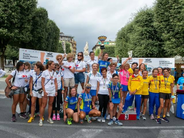 Podio Femminile dei Campionato Italiano di società.jpg