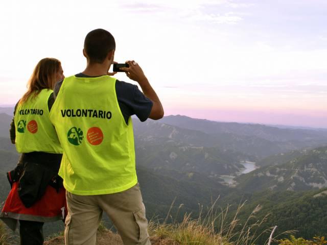 Volontari su Ridracoli.jpg