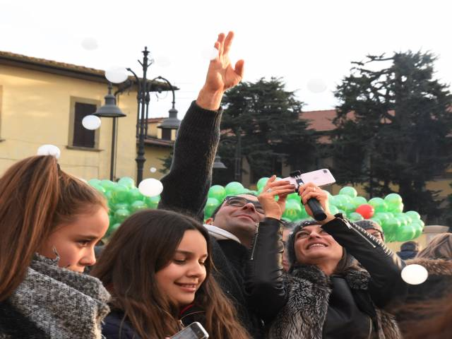 Palloncini in piazza santagostino  (11).jpg