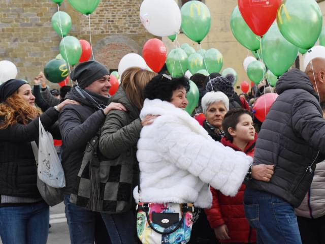 Palloncini in piazza santagostino  (25).jpg