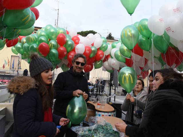 Palloncini in piazza santagostino  (2).jpg