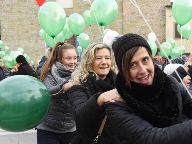 Palloncini in piazza santagostino  (29).jpg