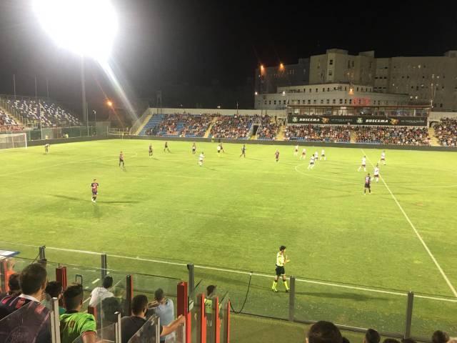 Crotone Arezzo, azione di gioco3.jpeg